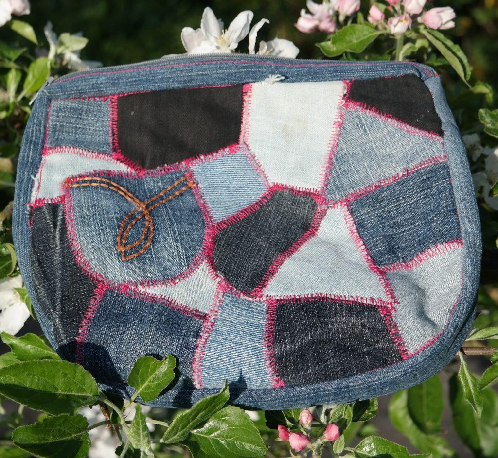 DIY nähen Kulturbeutel Jeans Patchwork groß von Vara-Kreativa