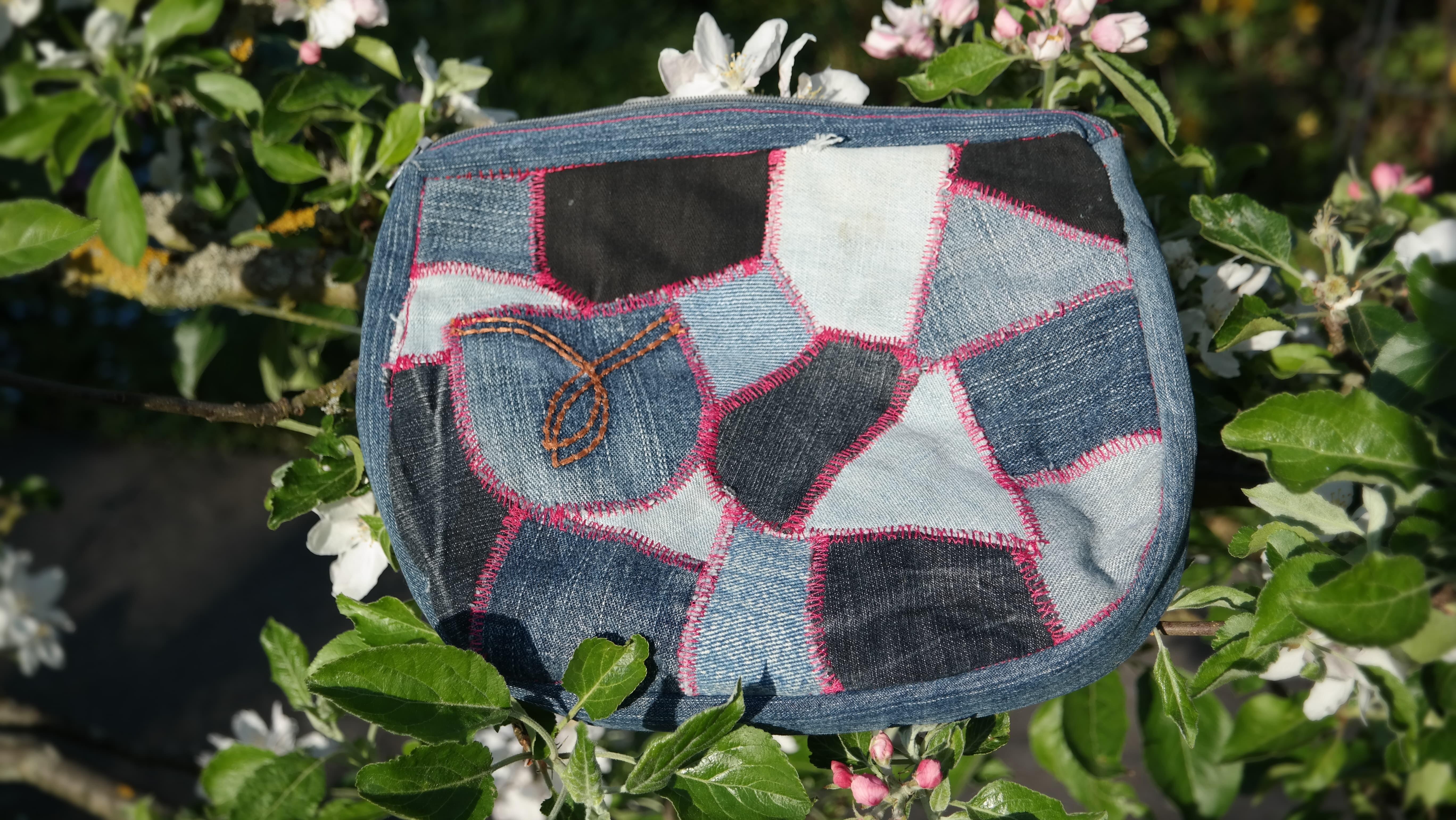 DIY nähen Jeans Kulturbeutel Patchwork groß von Vara-Kreativa